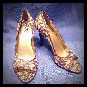 Carlos Santana Redemption Leather Heel size 8.5